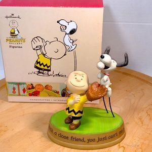 2015 Hallmark Charlie Brown & Snoopy Figurine